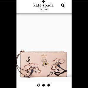 Kate Spade ♠️ Blossom drive Eliza wristlet